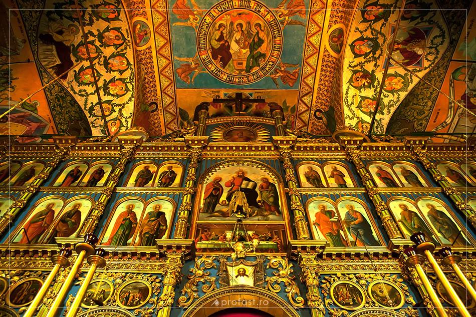 140221-fotografie-altar-biserica-sf.-nicolae-galati
