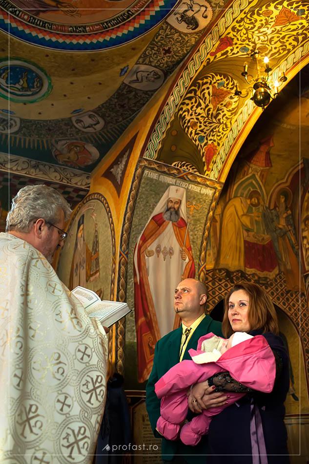 140221-fotografie-botez-biserica-sf.-nicolae-galati