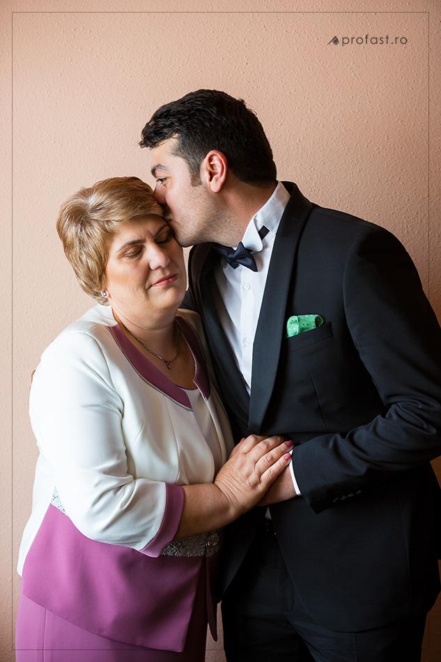 150509-06-fotografii-de-nunta-braila-acasa