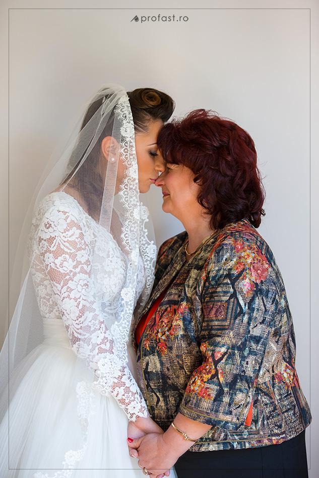 150509-16-pregatiri-de-nunta-in-braila
